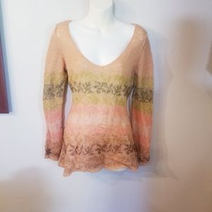 Free people light weight tan long sleeved sweater